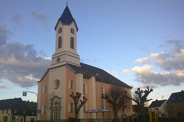 Die Evangelische Kirche hat mit einem Thesenpapier zu Ehe und zur Familie wochenlang das Sommerloch gefüllt.