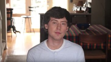 Artem Kolesov outlet sich als schwul